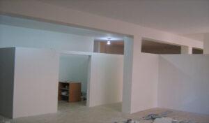 separadores de drywall para interiores de oficinas